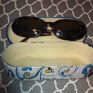 VTG Brighton sunglasses and case
